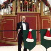 20_Christmas_performance
